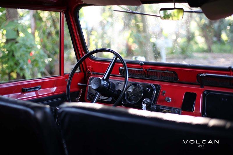 Volcan 4x4 1977 Nissan Patrol photo